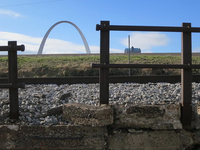 Arco Gateway. Estados Unidos. Monumento a la Expansión Nacional de Jefferson.