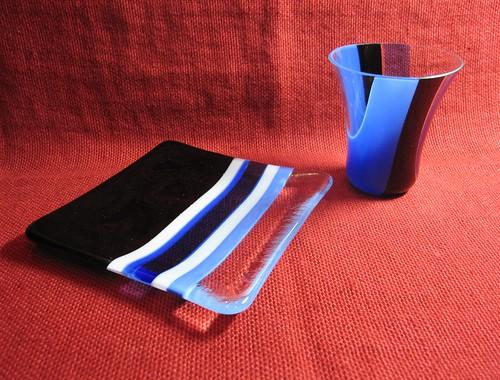 ダンディなお皿とグラス(ブルー) by Poran111