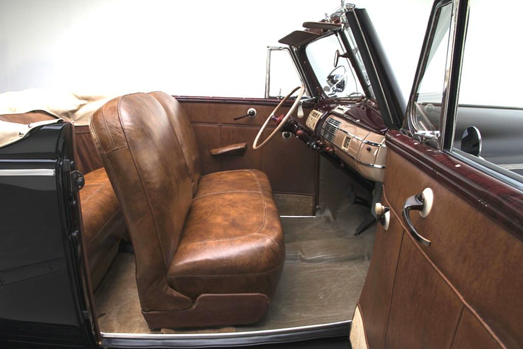 40023_N Ford Deluxe 221CI Flathead V8 3SPD CV_Black