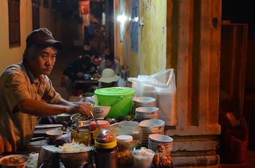 Cao Lau vendor