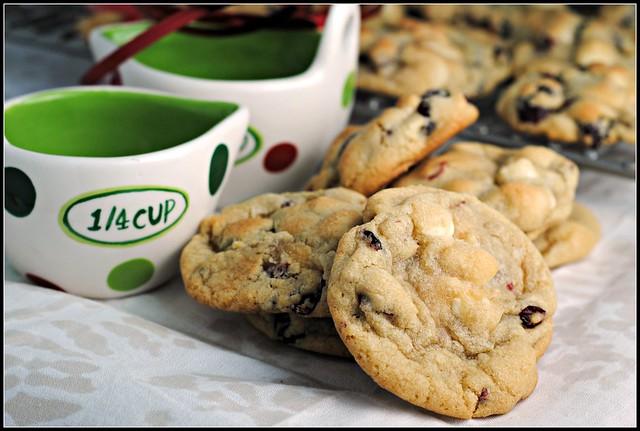 cranwhitechocchipcookies1