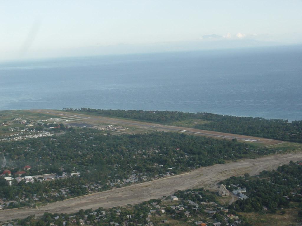 Aeroporto Dili : Nicolau lobato airport map east timor mapcarta