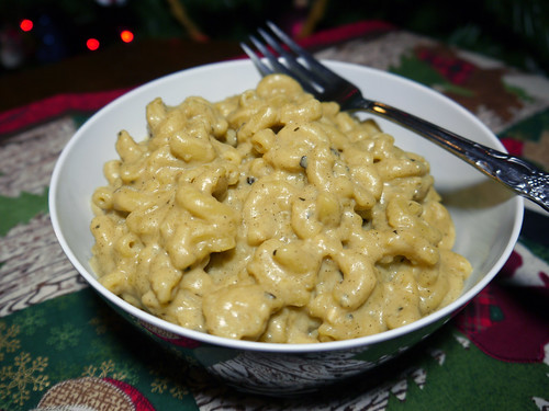2012-12-22 - AVK Stovetop Mac & Cheese - 0012