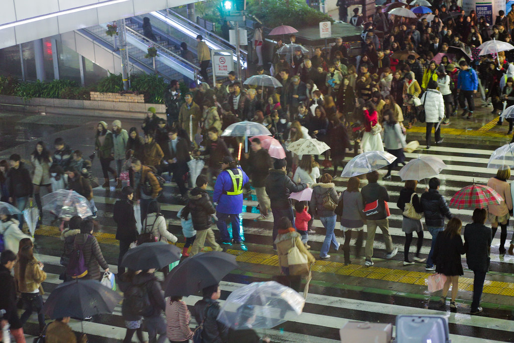 Kanocho 5 Chome, Kobe-shi, Chuo-ku, Hyogo Prefecture, Japan, 0.033 sec (1/30), f/3.2, 85 mm, EF85mm f/1.8 USM