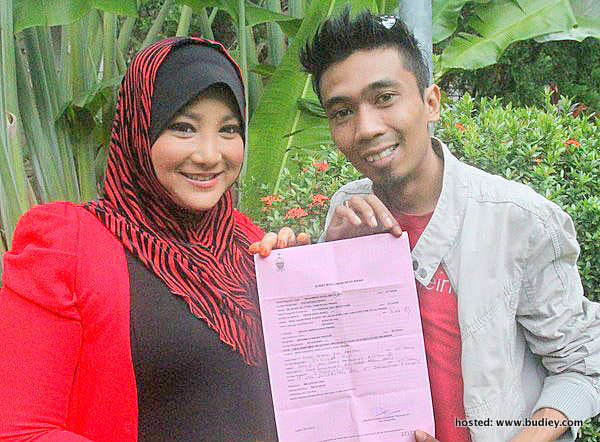 Gambar Suami Siti Fazurina