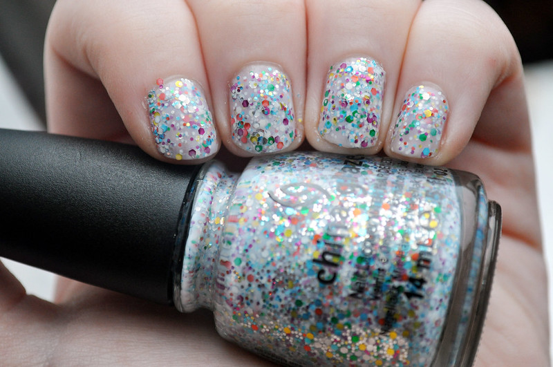 china glaze it's a trap-eze! nail polish notd