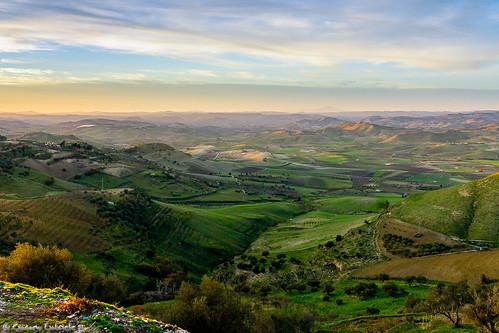 italy verde green zeiss montagne landscape italia sony campagna sicily alpha sicilia montain paesaggio a77 mazzarino alpha77 slta77v
