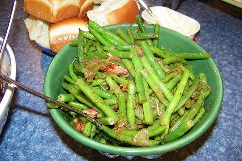 Sautéed Green Beans and Jarred Onions with Bacon