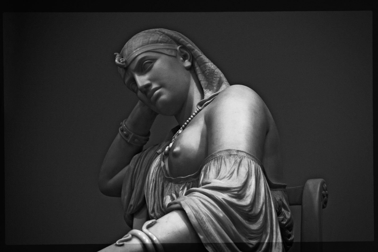 """William Wetmore Story's marble """"Cleopatra"""", 1878"""