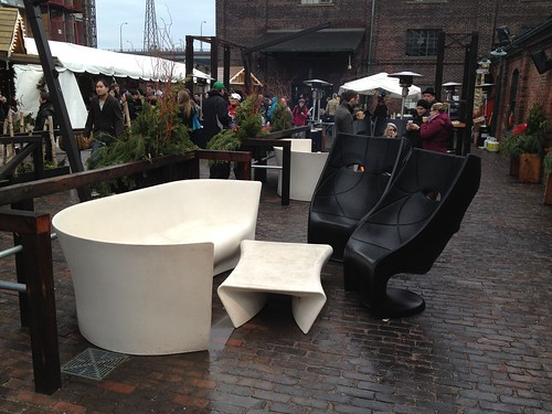 modern design outdoor furniture in Toronto