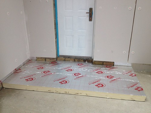 Bathroom tile diy installation - Diytrackworld Raising And Insulating A Bathroom Floor