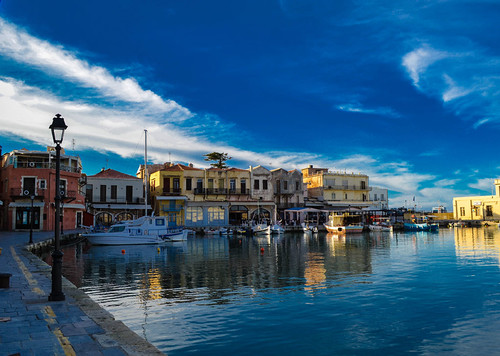 old sea sky clouds port buildings boats day rethymno pwpartlycloudy enetikolimanioldvenetianport
