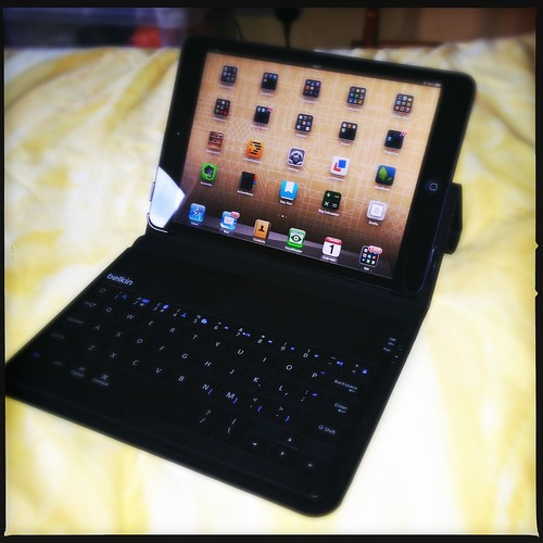 Belkin iPad Mini keyboard case