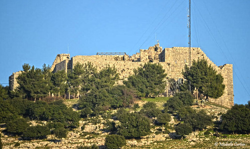castle muslim islam middleeast kingdom jordan fortress crusader kurdish ajloun hashemite ayyubid ajloungovernorate jabalauf izzaldinusama