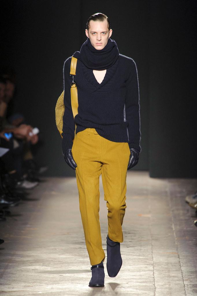FW13 Milan Daks032_Benoni Loos(fashionising.com)