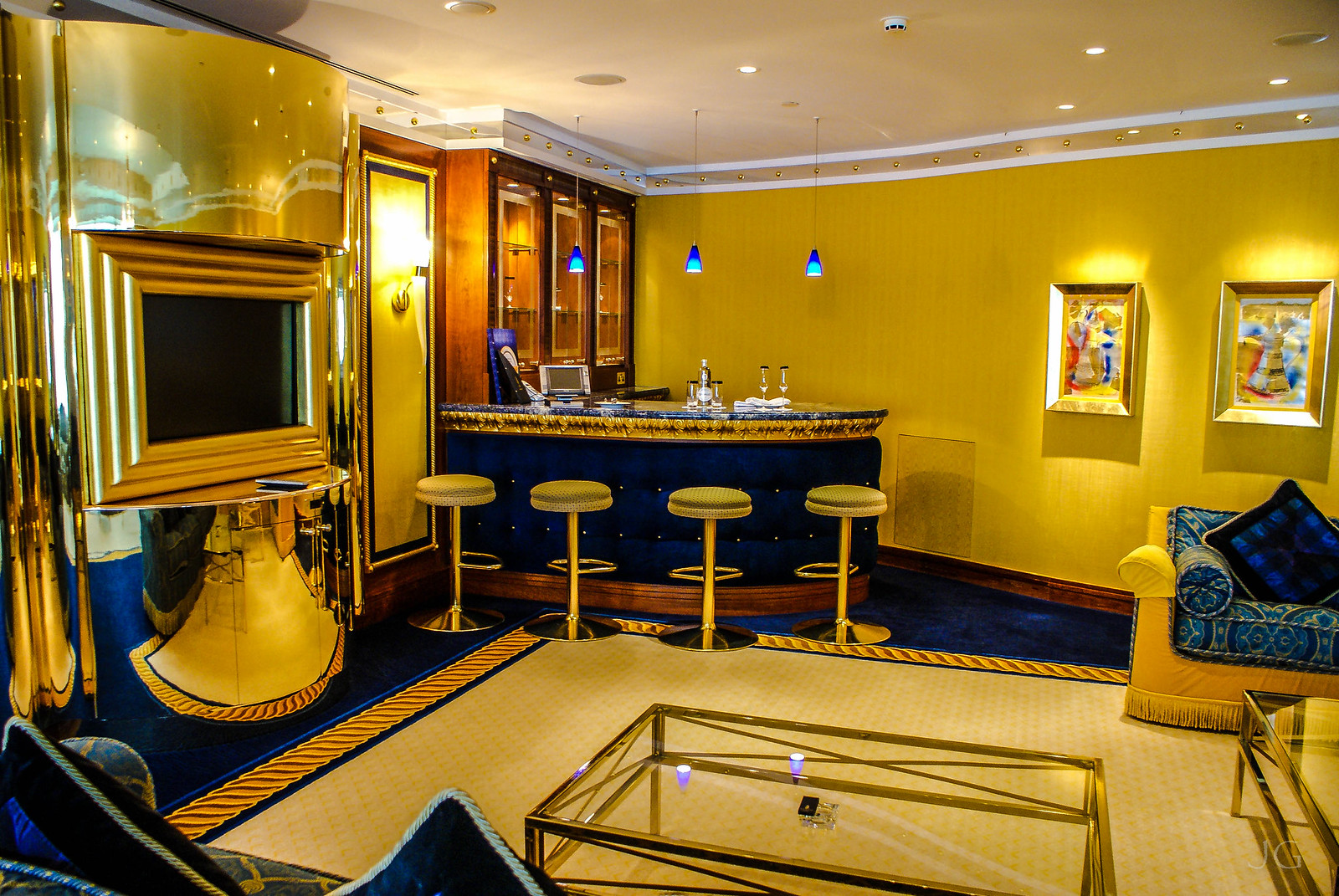 Burj al arab suite by j g via flickr burj al arab for Burj al arab suite