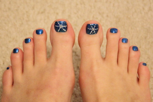 Snowflake pedicure