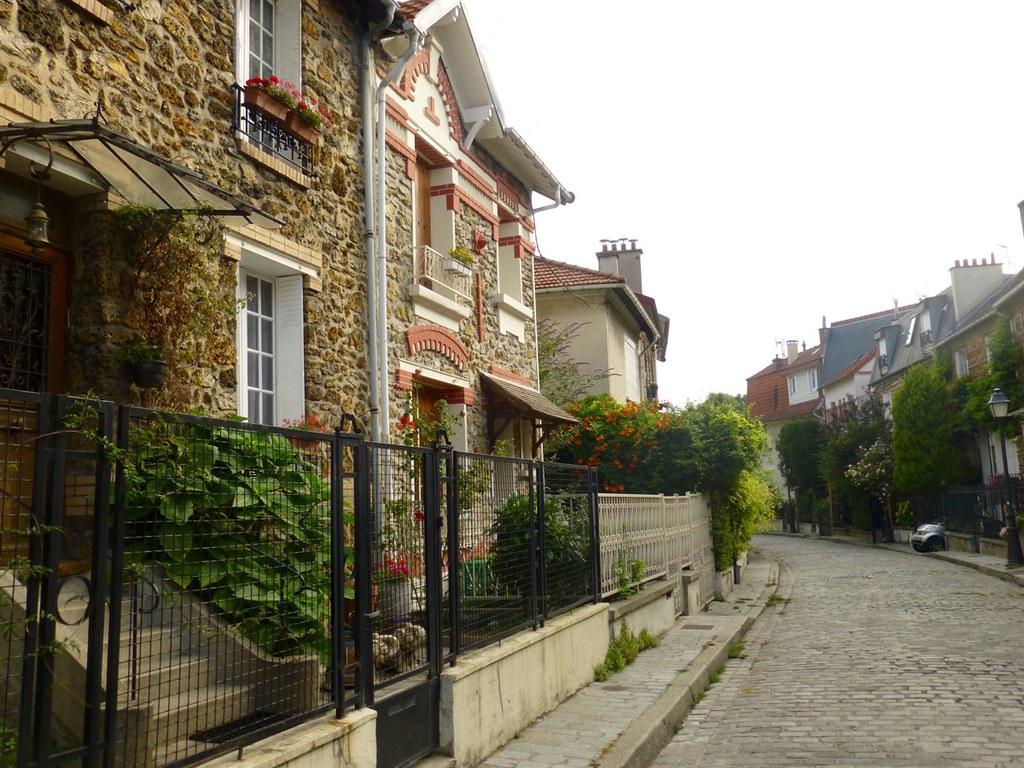 La campagne paris through the 20th any port in a storm - La campagne a paris ...