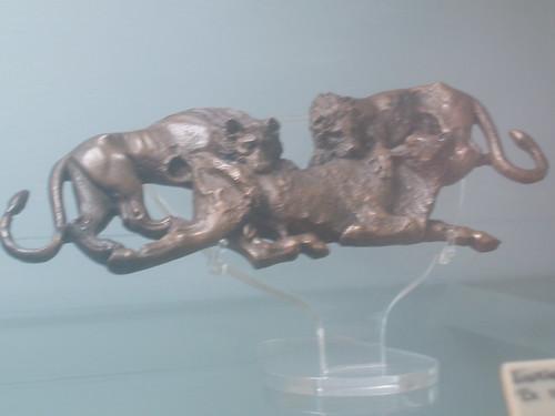 201312270076-Cyprus-museum-C5-lions-w-bull