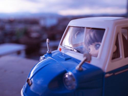ラジコンレビュー 懐かしの三輪トラックRC ブルー