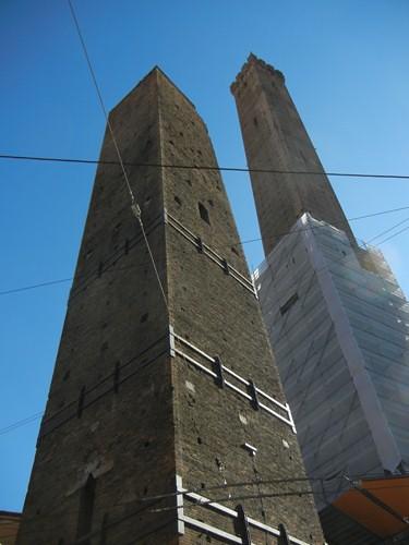 DSCN3249 _ Torre degli Asinelli, Bologna, 16 October