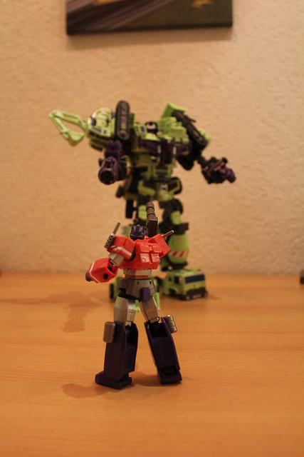 "Collection Nosfe ""Transformers & Hokuto No Ken & Cie"" - Page 2 8279902691_d31cd38596_z"