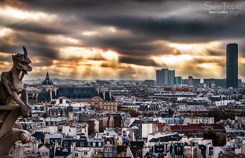 PARIS VUE SUR LES TOITS