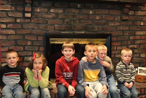 a gaggle of Gallagher cousins...
