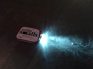 Altoids Smalls Flashlight (3 of 3)