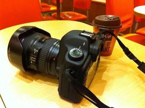 今日の機材とマックのコーヒー