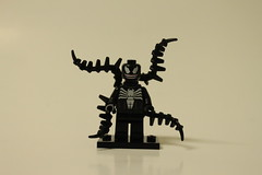 LEGO Marvel Super Heroes Spider-Man: Spider-Cycle Chase (76004) - Venom