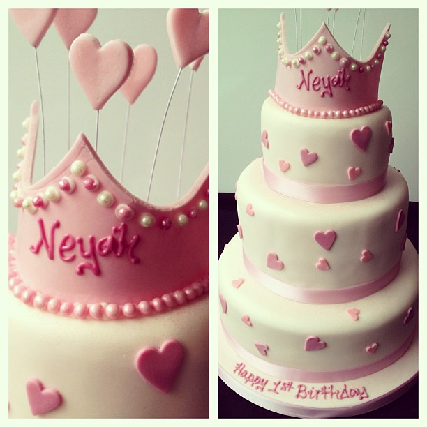 Neyahs Birthday Cake Tiara Pink Love Hearts