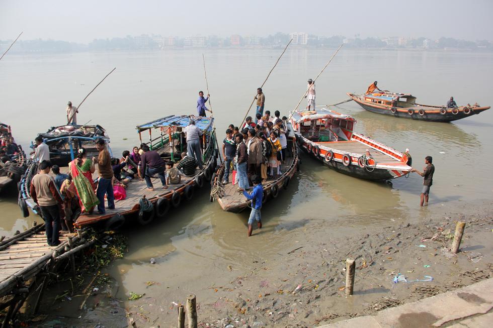 Boats outside Dakshineswar Kali Temple