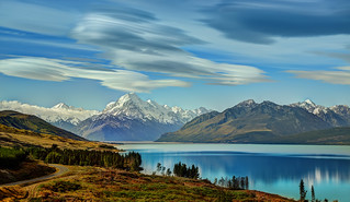 The Road to Mount Cook along Lake Pukaki