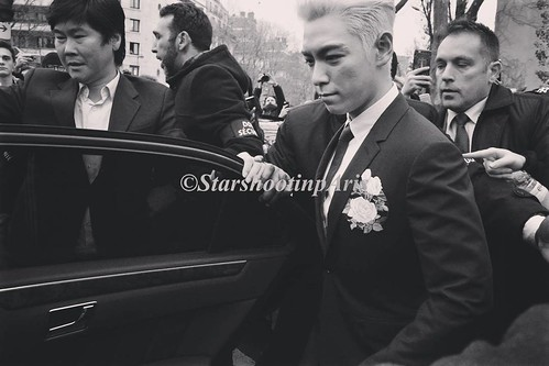 TOP - Dior Homme Fashion Show - 23jan2016 - starshootinparis - 02