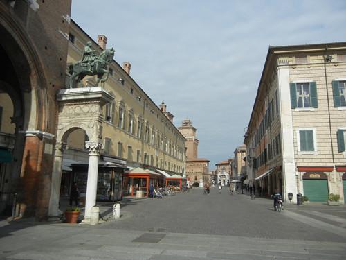 DSCN4031 _ Corso Porta Reno, Ferrara, 17 October
