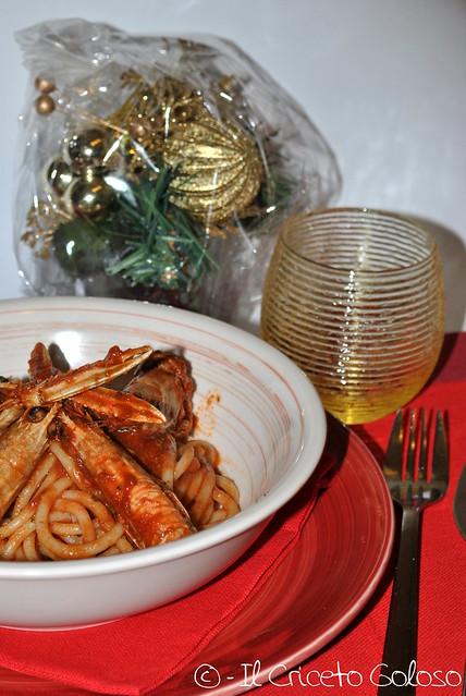Spaghetti con sugo di scampi (1)