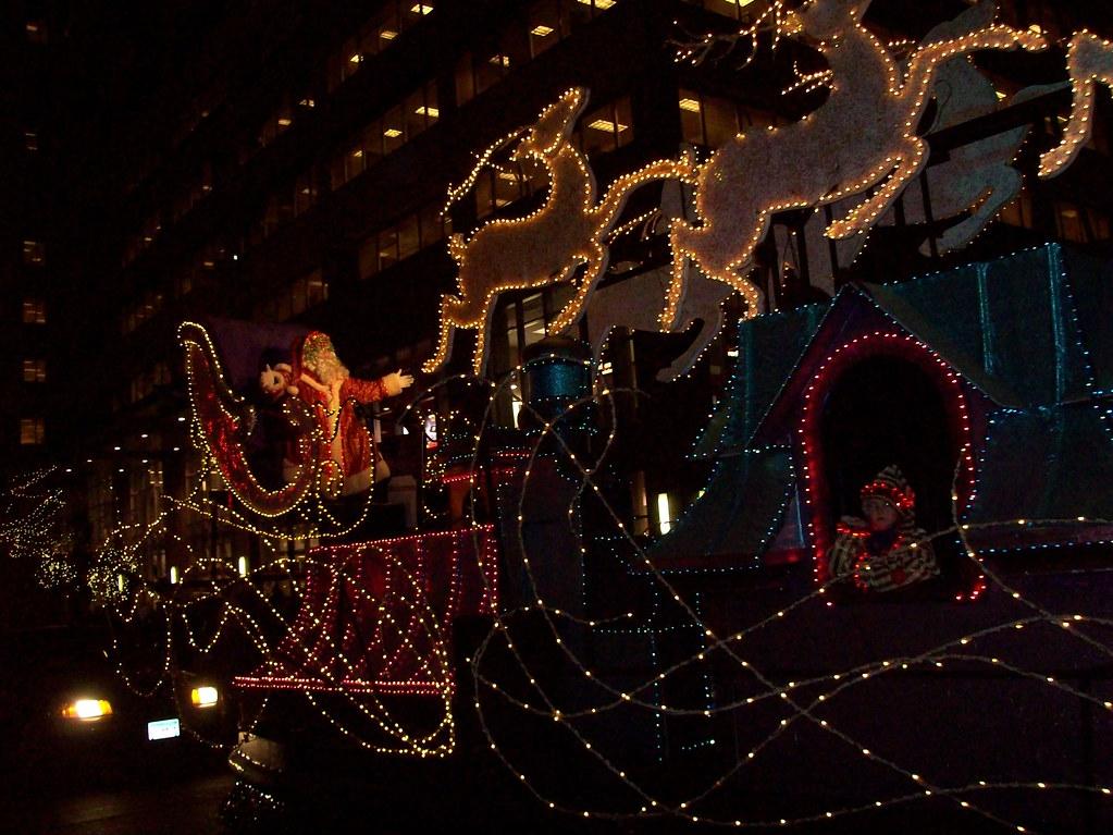 Hollidazzle Santa
