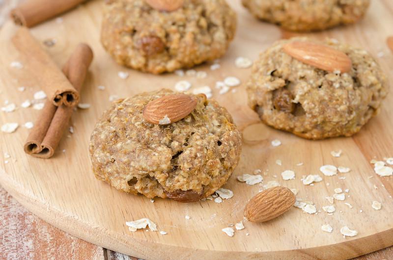 Вафли, манник, овсяное печенье и два рецепта с нутом oatmeal raisin cookies