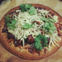 inspired by @travelmonkey char siu, lup cheong, hoisin sauce, yellow onion, green onion, cheese & cilantro #dinner #japan #pizza