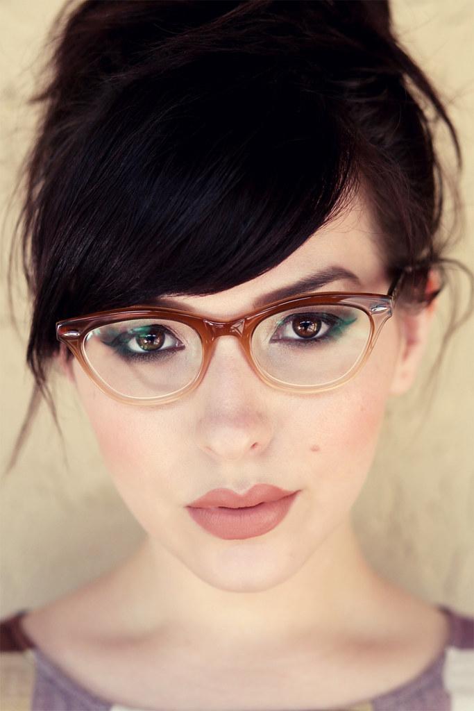 Eyeglass Frame Color For Green Eyes : Makeup Monday: Brown Fade - Keiko Lynn