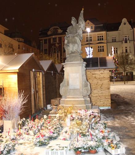 Ostrava, joulutori illalla
