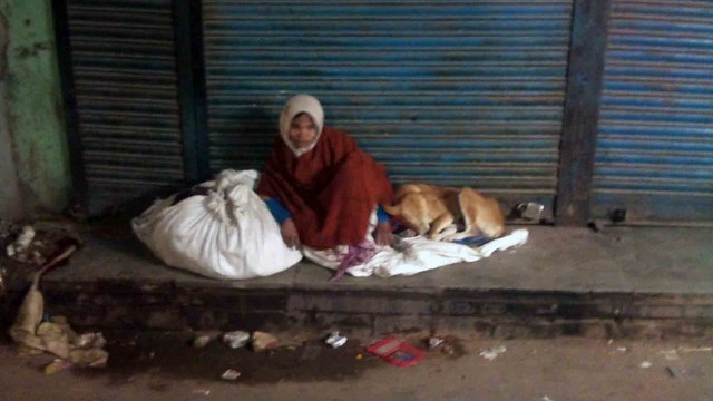Photo Essay – The Homeless Woman, Shahjahanabad