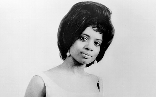 "Fontella Bass, Rhythm & Blues artist from the 1960s, has died at the age of 72. She is widely known for the hit ""Rescue Me"" released in 1965. by Pan-African News Wire File Photos"