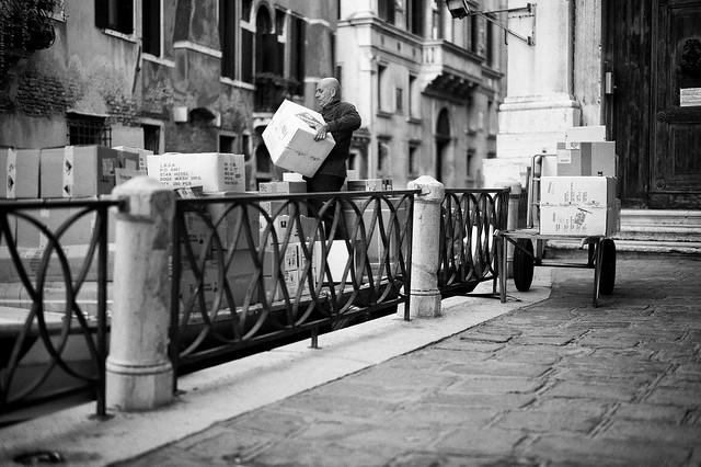 Italien-leica-summilux-street-bw-133.jpg
