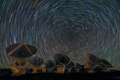 [Free Images] Architecture, Atacama Large Millimeter Array (ALMA), Night Sky, Stars, Landscape - Chile ID:201301071600