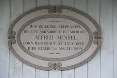 Photo of Alfred Messel grey plaque