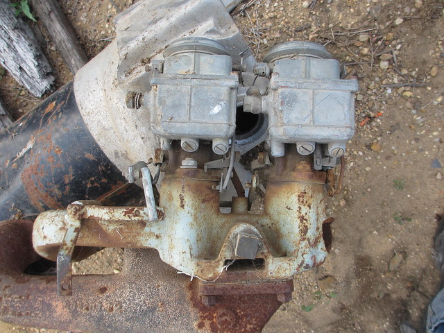 Twin Carby Manifold    Dodge - Historic Commercial Vehicle