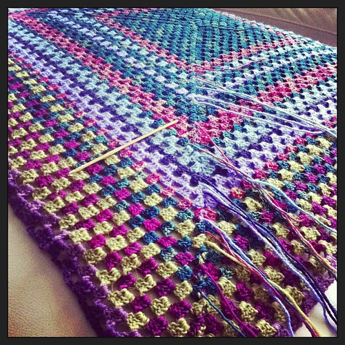 Finished:) tonight I'll be weaving in some ends:) Finito:) Stasera nasconderò in po' di codine:)