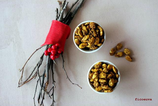 Mandorle caramellate curry e paprika